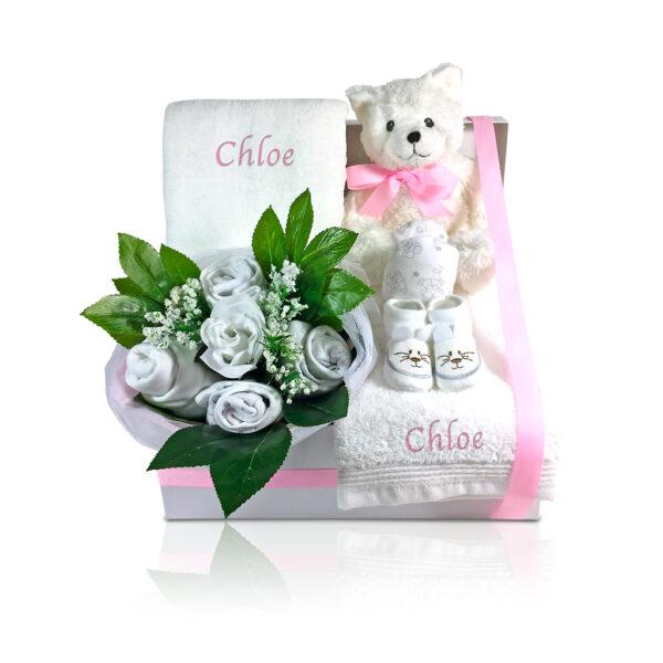 cestas-para-bebes-armonia-floral-rosa-bordada